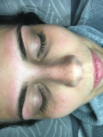Expert Brow Shaping